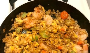 S**t In My Fridge: Shrimp Fried Rice